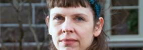 Jonsdottir Brigitta EE_UU_intenta_acceder_perfil_Twitter_parlamentaria_islandesa copy
