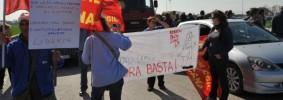 protesta_operai_contro_riforma_lavoro