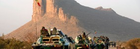 Malian troop convoy on road to Gao as French jets launched airstrikes on Islamists near Tessalit